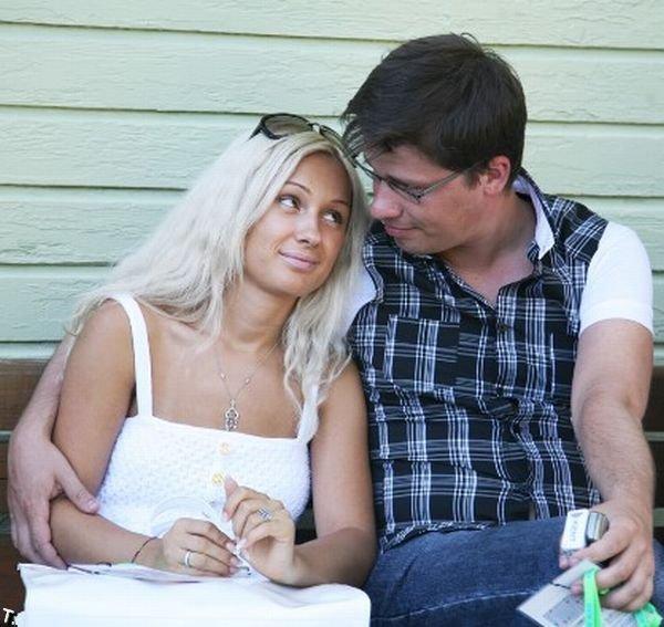 Девушки и жены звезд Comedy Club (15 фото)