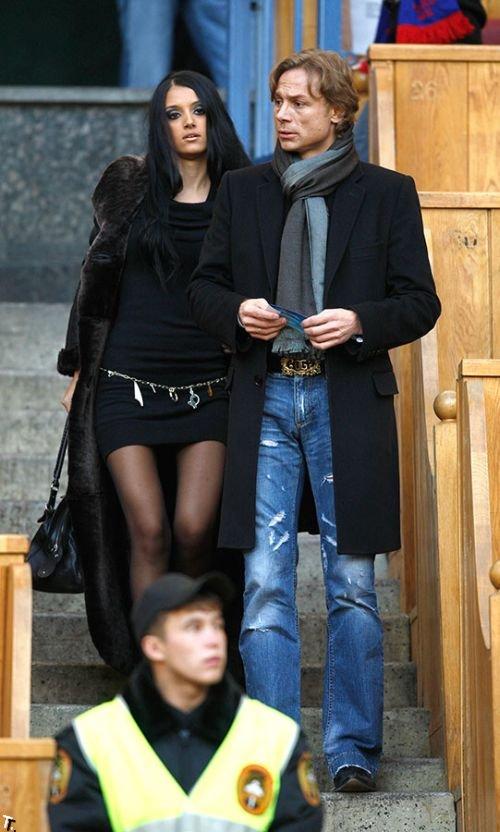 Жены и девушки футболистов сборной России (18 фото)
