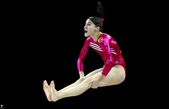 Забавные моменты на состязании гимнасток (21 фото)