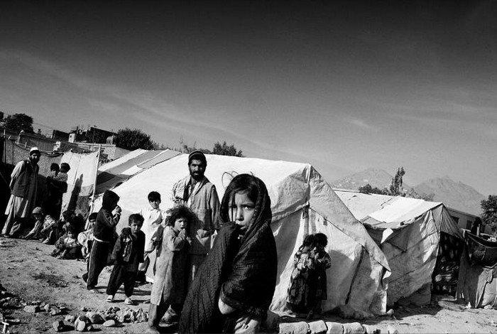 Анжелина Джоли в Афганистане (21 фото)