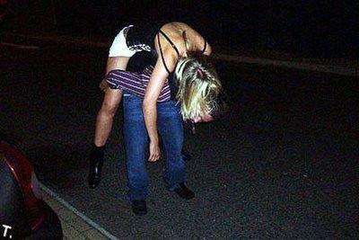 Девушки, которым хватит (153 фото)