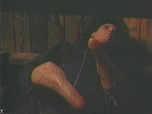 Порно эдвард руки ножницы