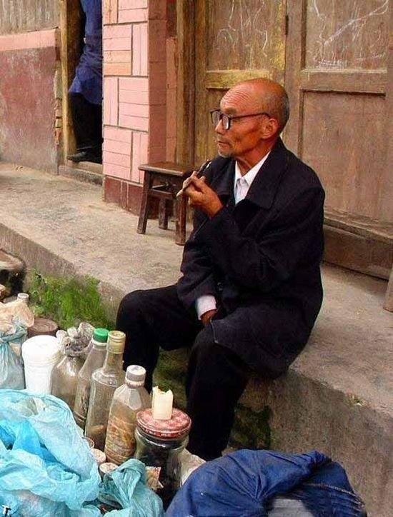 Уличный доктор из Китая