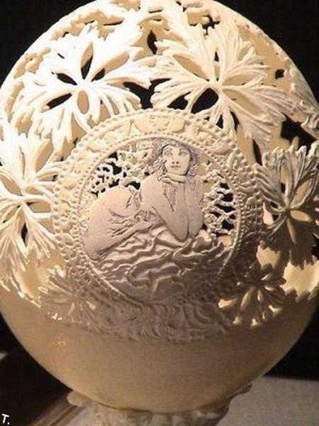 Креатив из яичной скорлупы (27 фото)
