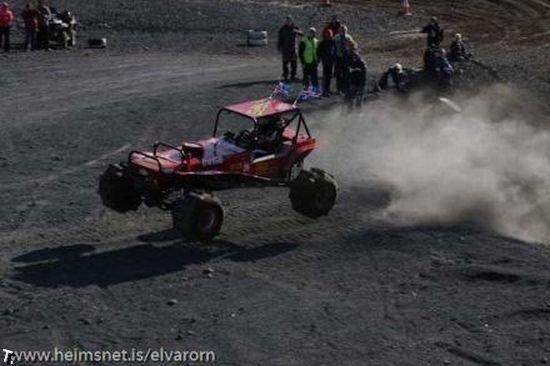Экстремальные гонки (29 фото)