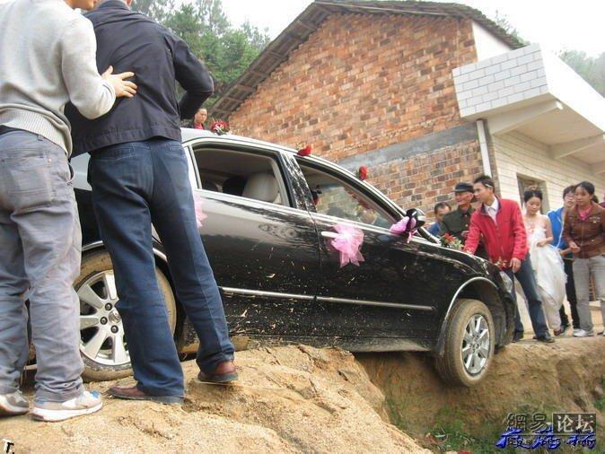 Неудача во время свадьбы (8 фото)