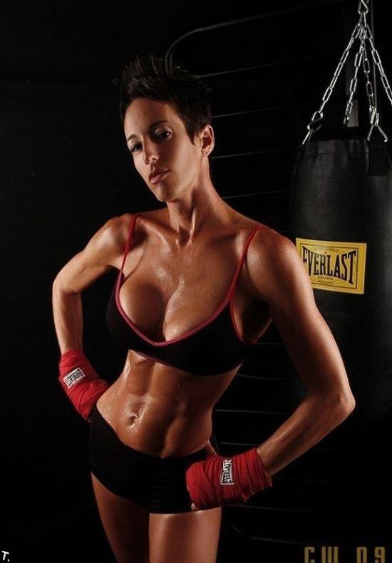 Сексуальные боксерши (48 фото)