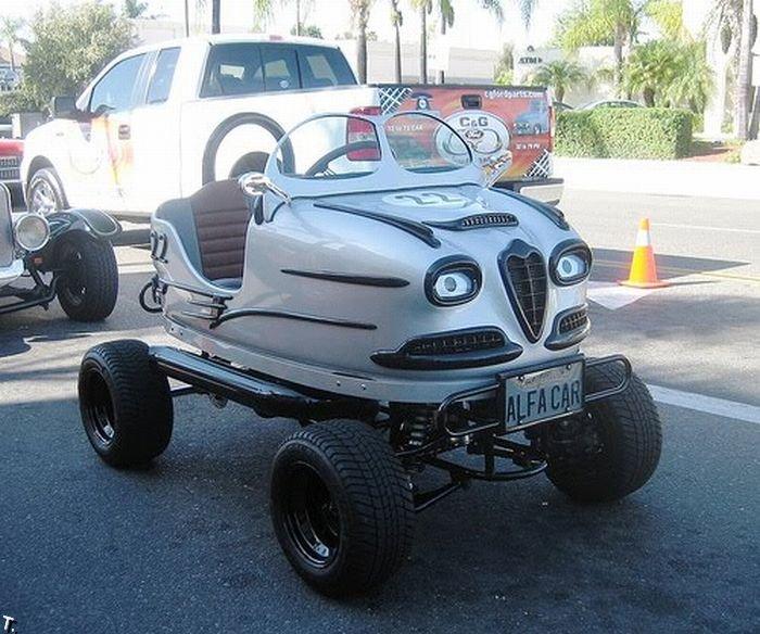 Реальные автомобили из машинок для аттракционов (7 фото)