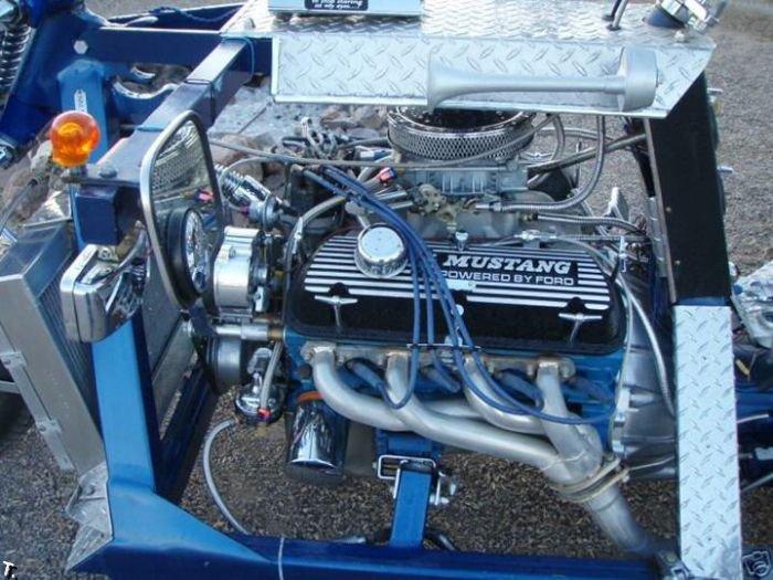 Трехколесный Mustang (8 фото)