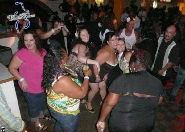 Ночные клубы для толстяков (20 фото)
