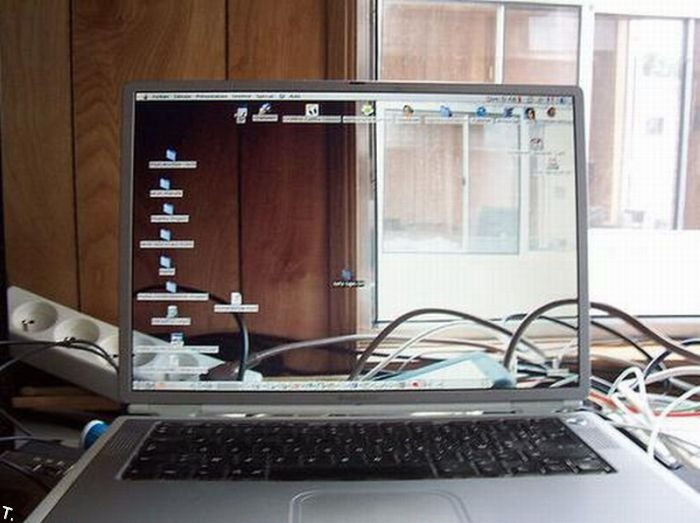 Прозрачные экраны (34 фото)
