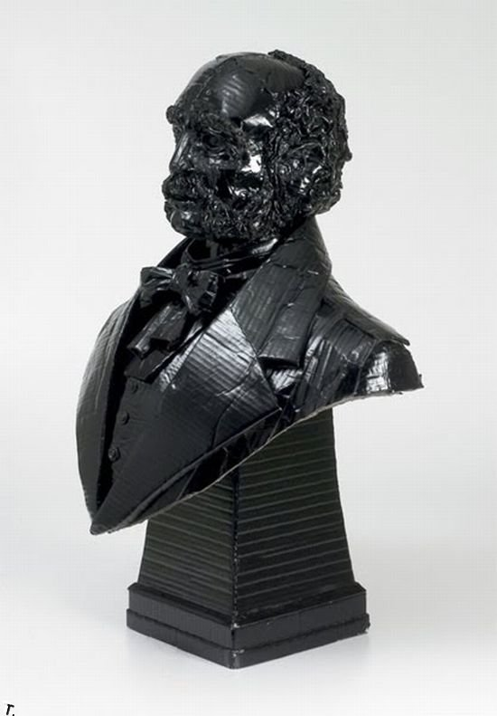 Скульптуры из картона (17 фото)