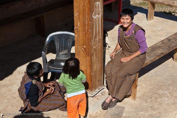 Пенисы Бутана (15 фото)