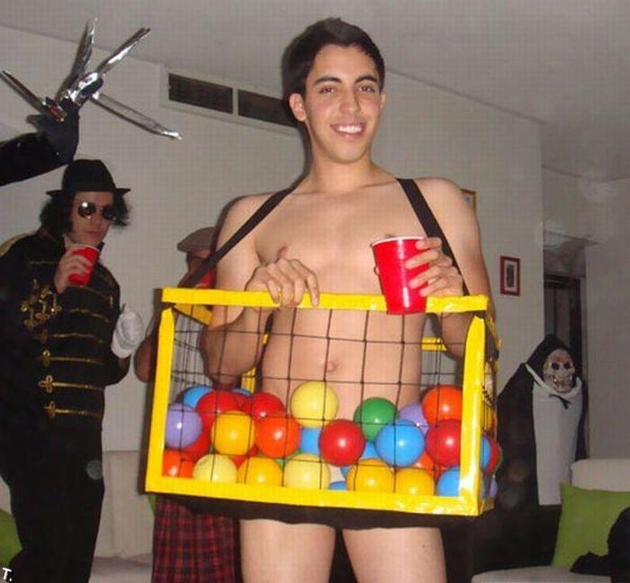 Смешные костюмы (45 фото)