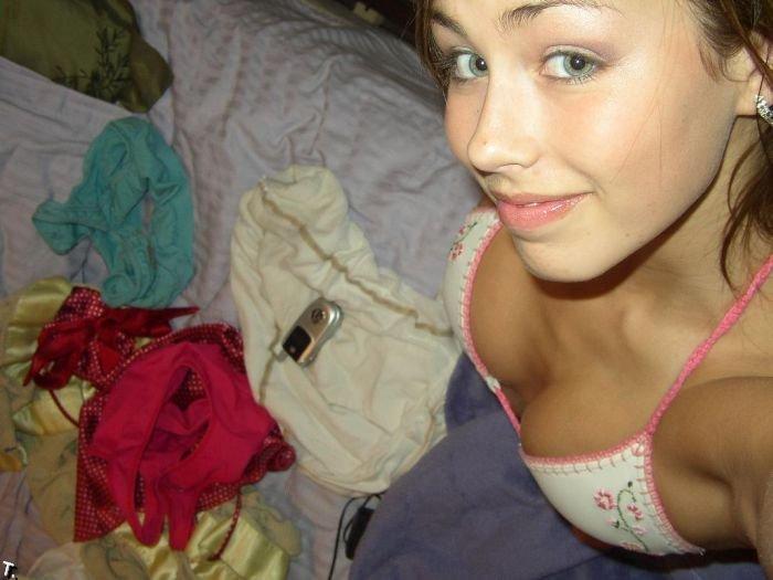 Фотоальбом одной красивой студентки (25 фото) НЮ