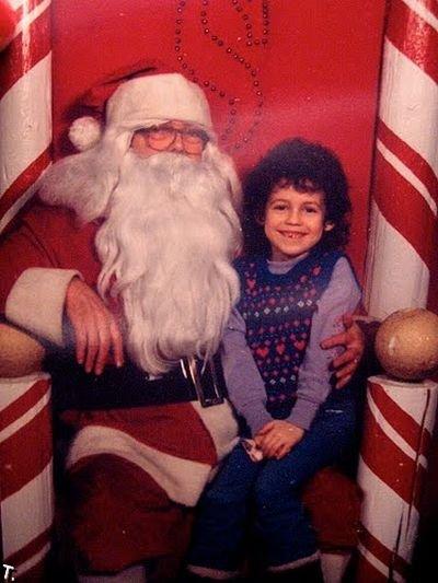 Не все дети в восторге от Санта-Клаусов (46 фото)