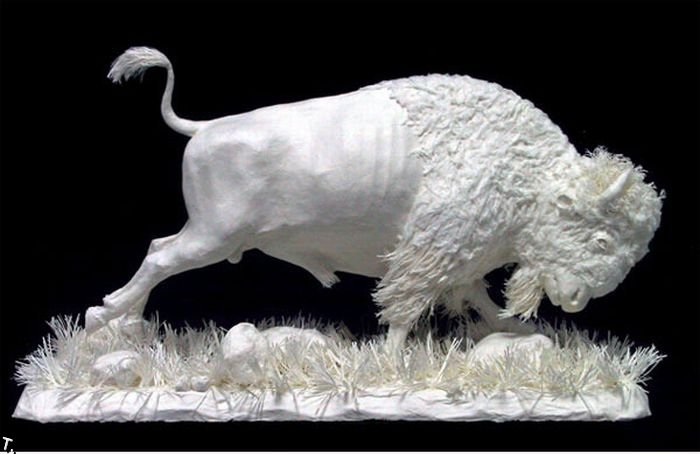 Потрясающие скульптуры из бумаги (16 фото)