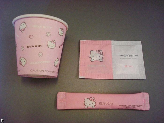 Самолет Hello Kitty (9 фото)