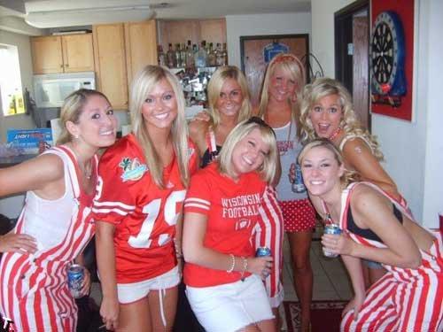 Симпатичные фанатки американского футбола (89 фото)