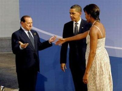 Правда про нападение на Берлускони (5 фото)