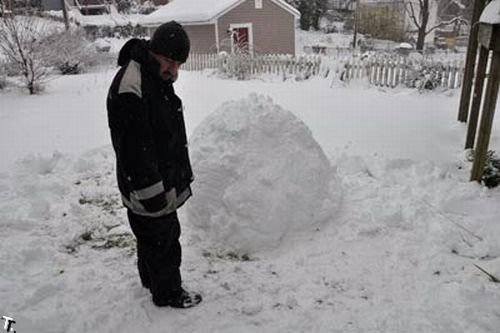Жуткий снеговик (9 фото)