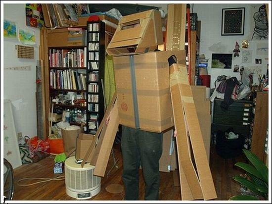 Худшие костюмы роботов (15 фото)