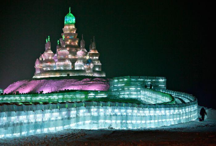 Ледяной фестиваль в Китае (27 фото)