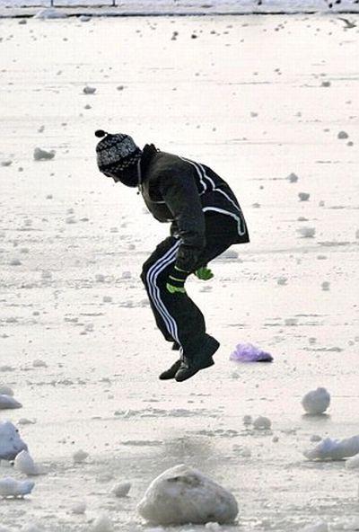 Осторожно! Тонкий лед (7 фото)