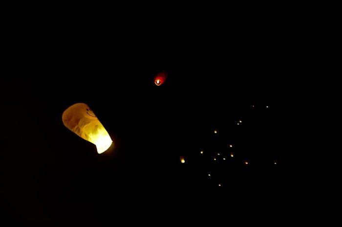 Небесные фонарики (25 фото)