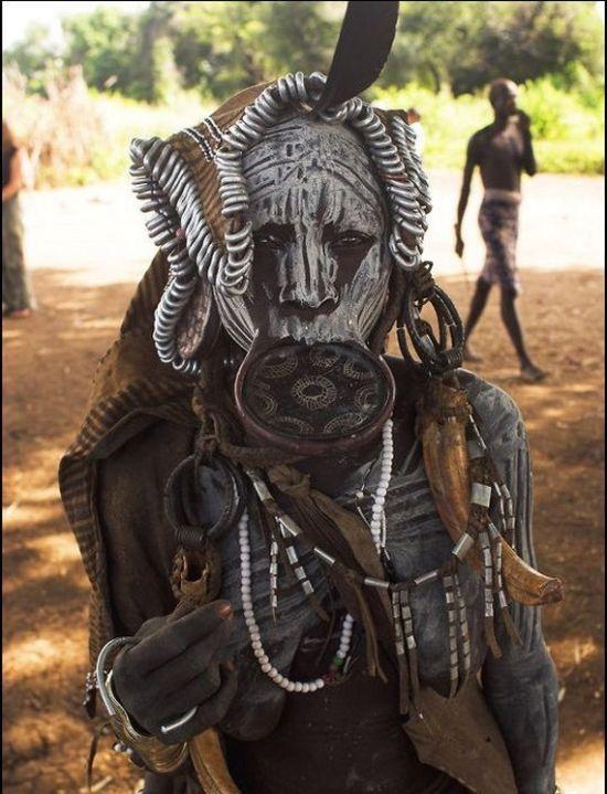 Племя Мурси (14 фото)