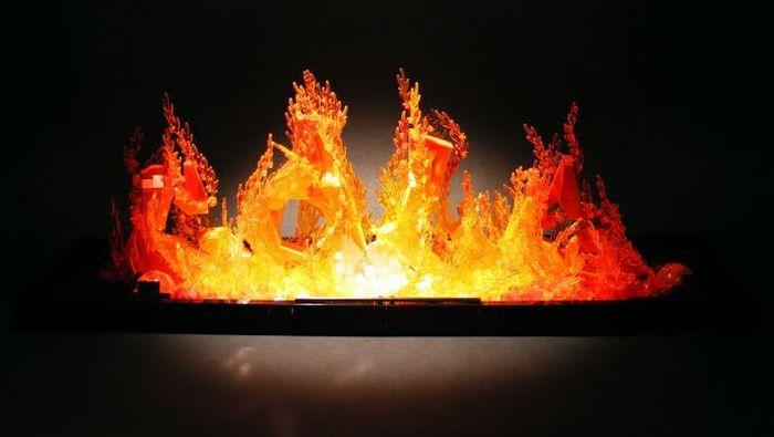 Огонь из Lego (9 фото)