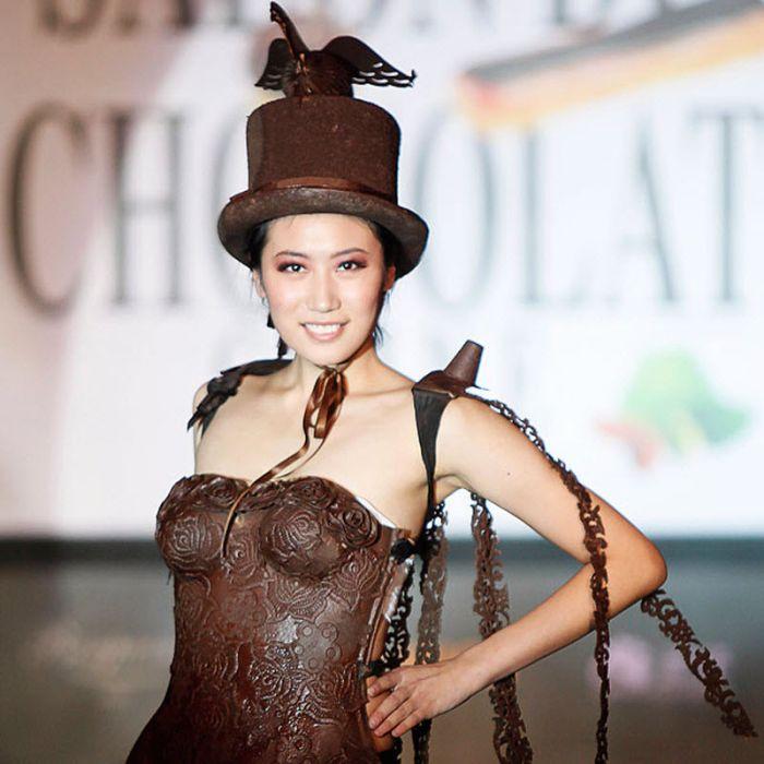 Одежда из шоколада (13 фото)