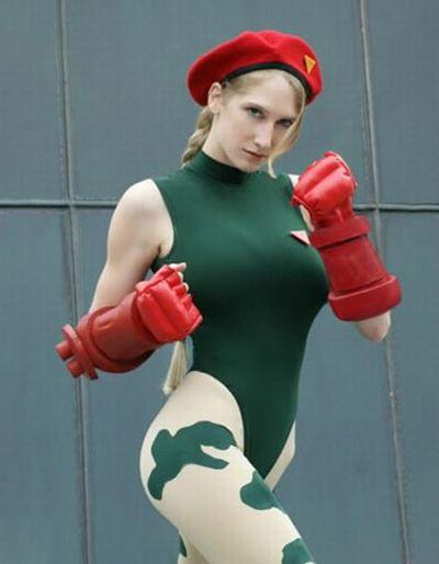 Девушки из игры Street Fighter (22 фото)