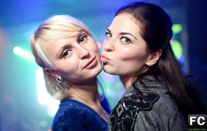 Девушки из московских клубов (78 фото)