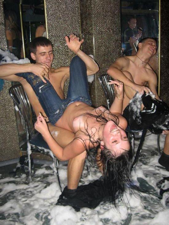 cfnm вечеринка фото