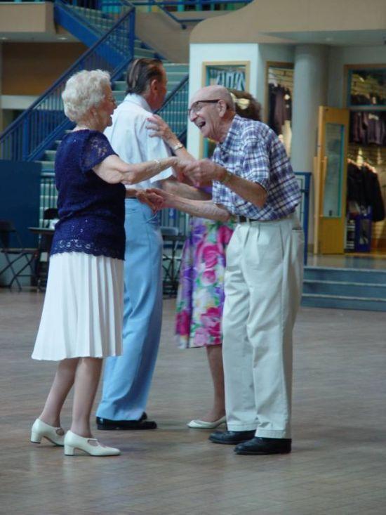 Веселые фотографии пожилых людей (44  фото)