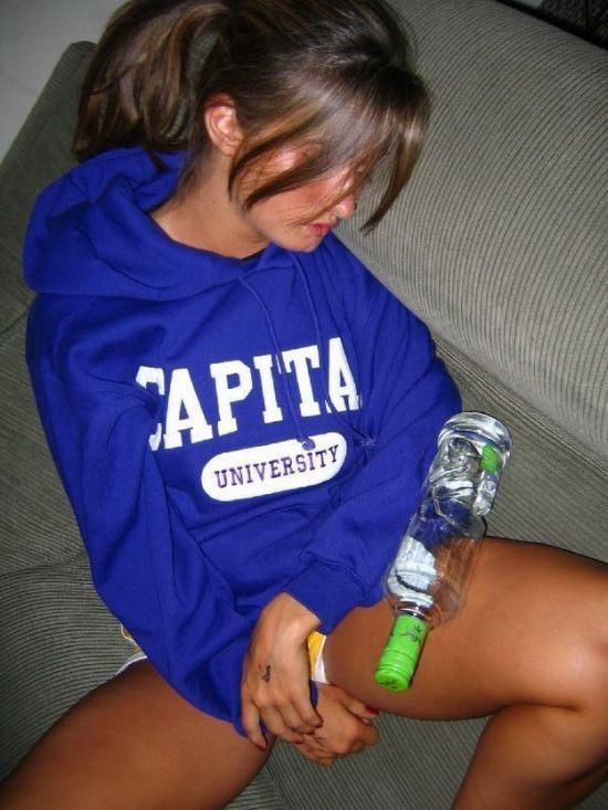 Пьяные девушки (24 фото)