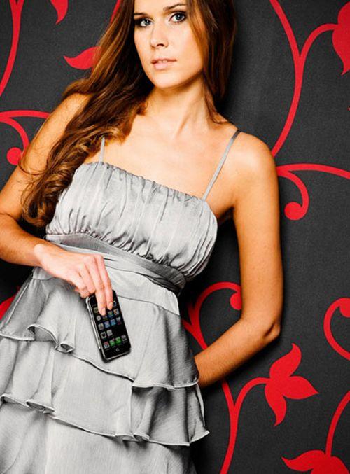 Сексуальные девушки и iPhone (23 фото)