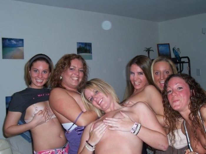 Drunk girl party boats — pic 11