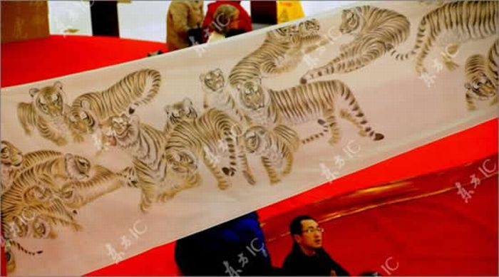 Свиток с тиграми (10 фото)