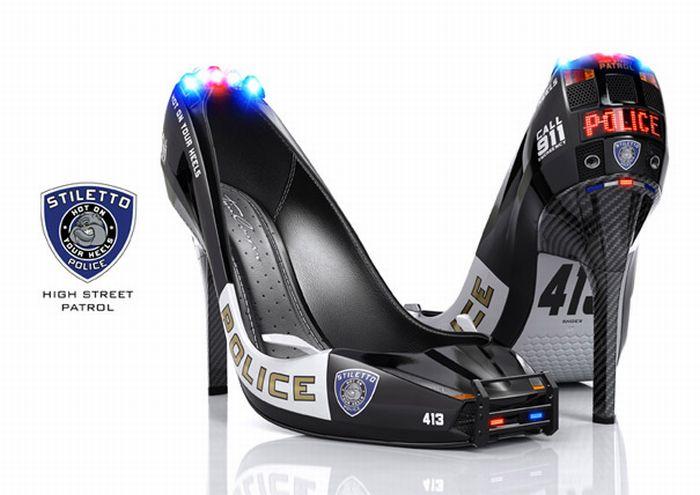 Полицейские туфли (4 фото)