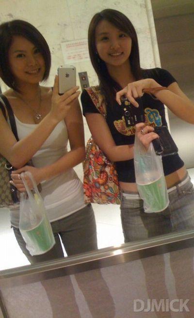 Девушки у зеркала (150 фото)