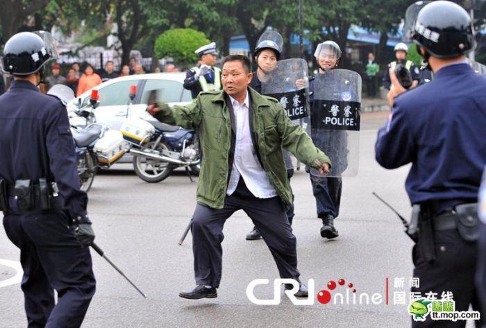 Сумасшедший из Китая (10 фото)