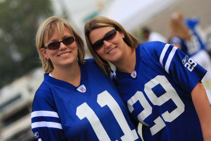 Симпатичные фанатки на Super Bowl XLIV (33 фото)