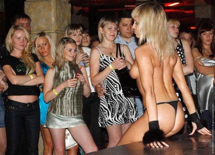 Сексуальные конкурсы в ночных клубах, домашнее порно ролики засветы