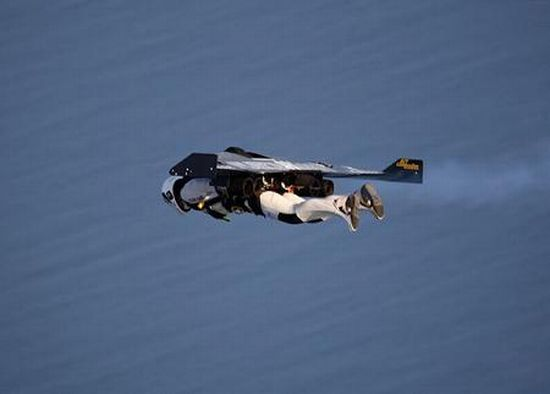Летает, как птица (16 фото)