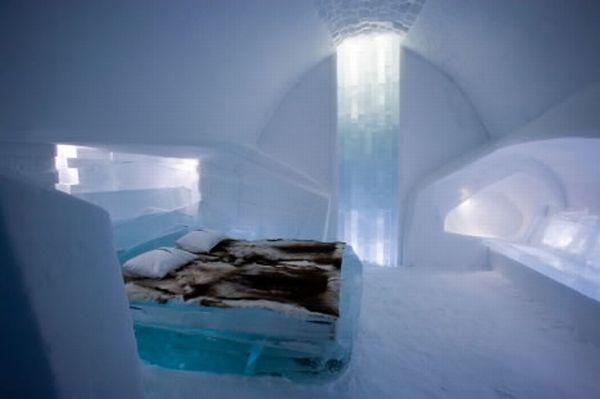 Отель изо льда (12 фото)