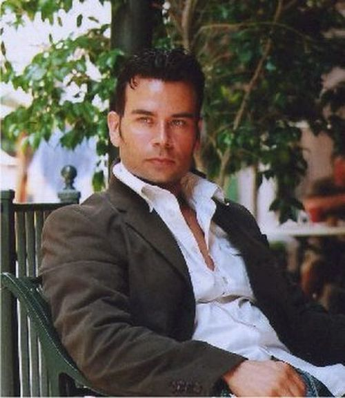 Красивые мужчины (91 фото)
