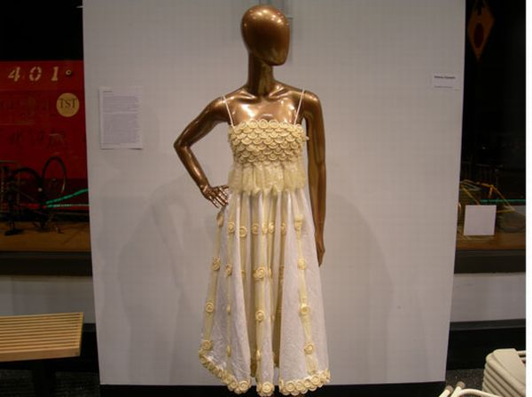 Необычное платье (6 фото)