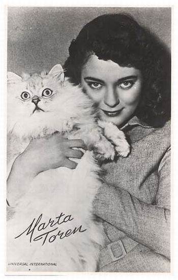 Знаменитые люди и их кошки (67 фото)